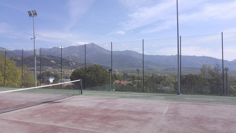 Pista de tenis antes de la reforma